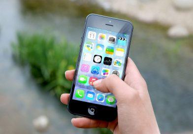 Conheça as apps agrícolas que qualquer agricultor deve ter no seu telemóvel