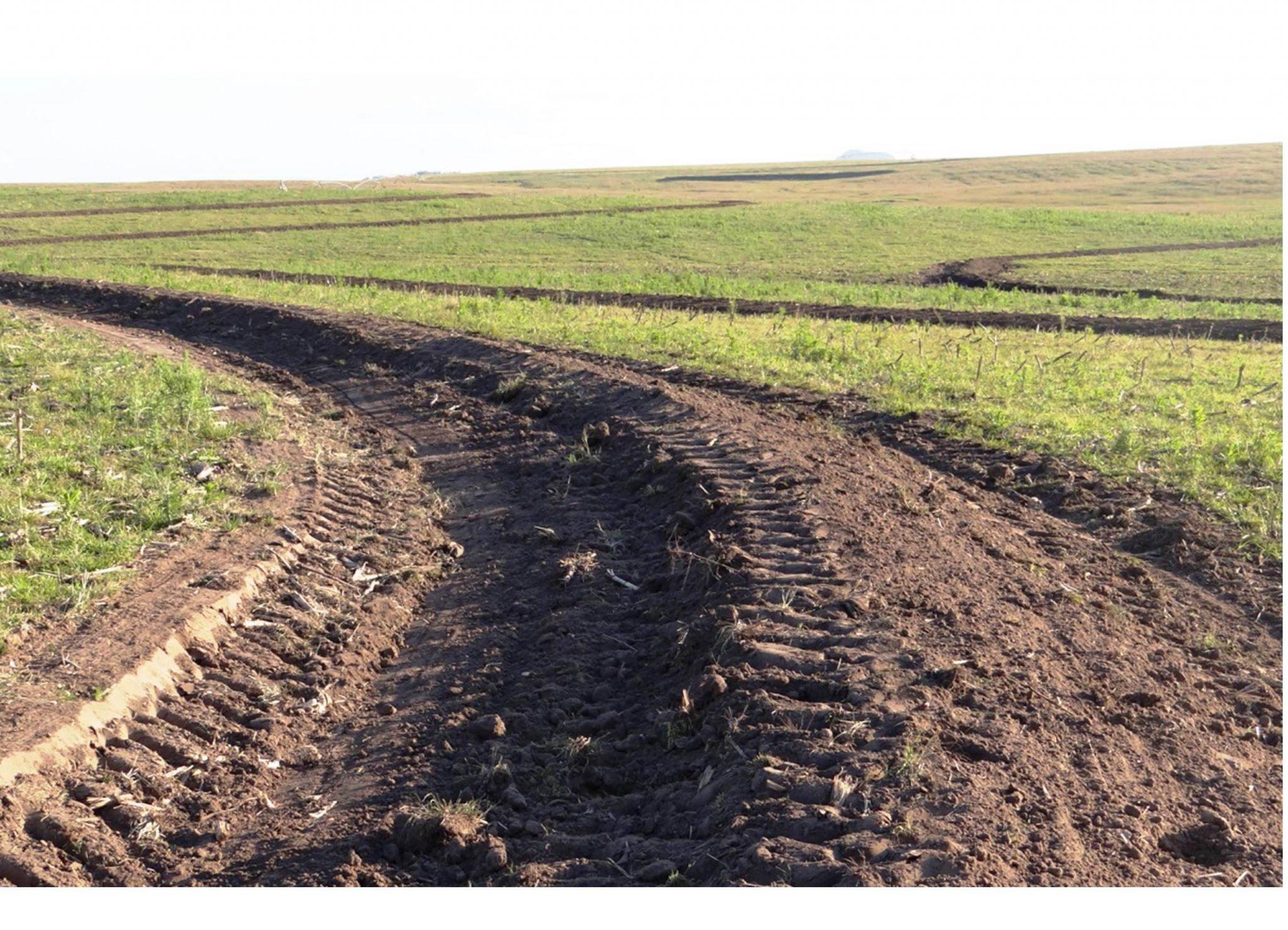 drenagem do solo causa erosão agricultura