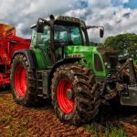 Tudo o que deve saber sobre a habilitação exigida aos condutores de máquina agrícolas