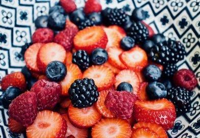 Conheça 7 frutas suas amigas para prevenir e tratar o Alzheimer